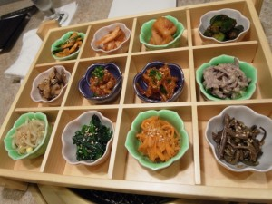 前菜(キムチ、ナムルの盛り合わせ)|コバウ