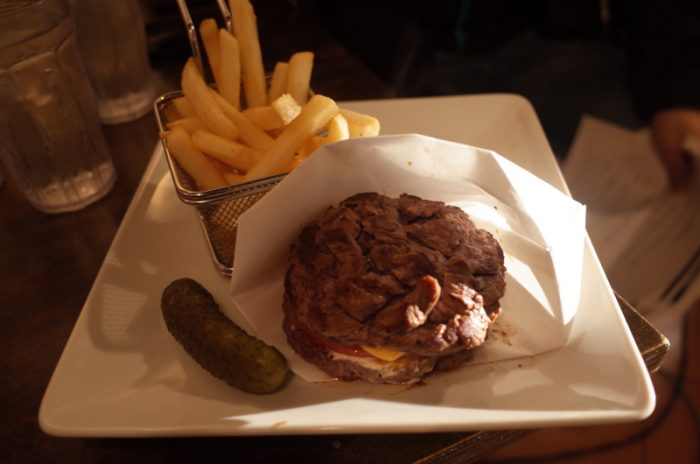糖質制限中の神メニュー!肉バーガー発見