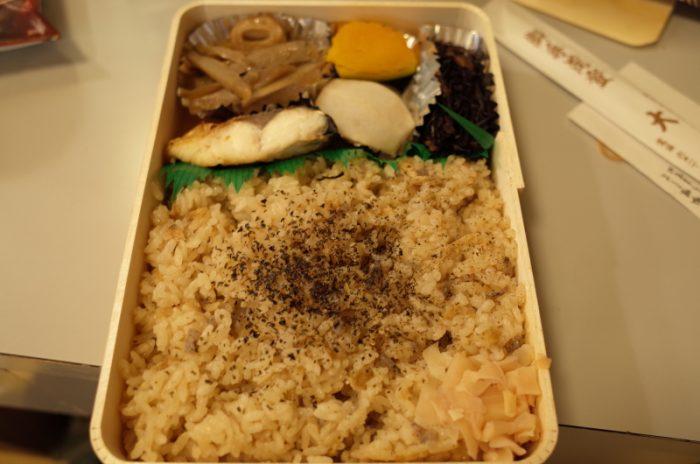 創業明治35年、かやく御飯の頂点!大阪が誇る名店