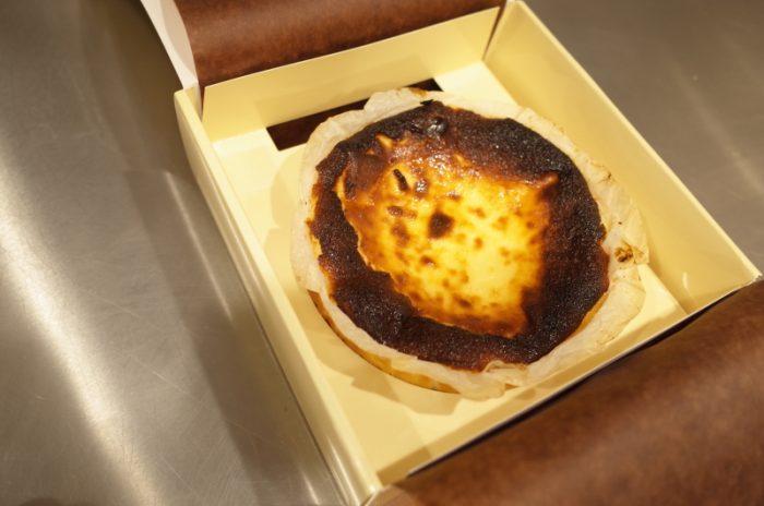 バスク地方の幻のチーズケーキを東京で