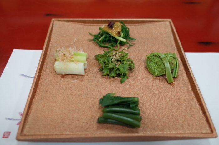 日本最古の山菜料理の老舗へ!