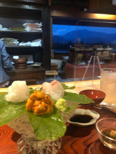 桂川を眺めながらいただく珠玉の日本料理